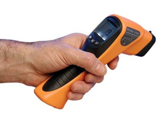 Digitální nekontaktní teploměr spistolovou rukojetí AC2243
